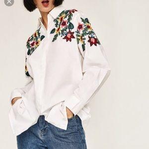GORGEOUS Zara embroidered shirt/blouse size small